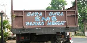 toyotamakassar.org tulisan belakang truk 1