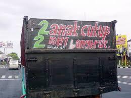 toyotamakassar.org tulisan belakang truk 5