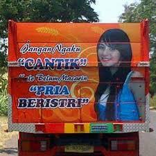 toyotamakassar.org tulisan belakang truk 6