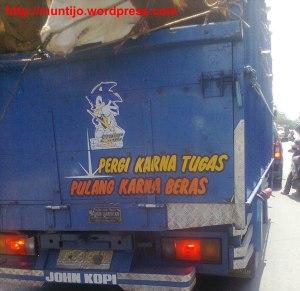 toyotamakassar.org tulisan belakang truk 8